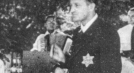 """Historie.cs: Hitlerův """"dárek"""" Židům"""